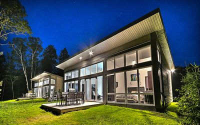 Photo for Modern Miniloft chalet in Nature, 8 mins to slopes, Spa, Gym, Jacuzzi, and more