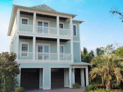 Beautiful home in Miramar Beach near all the best Emerald Coast has to offer
