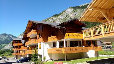 Photo for 2 Bedroom Apartment 300 m to Ski Lift, La Chapelle d'Abondance