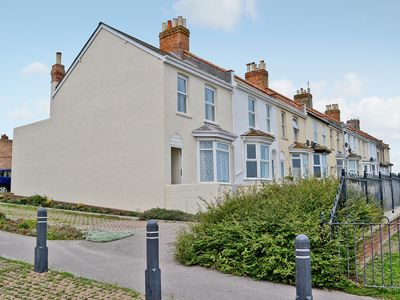 Photo for 2 bedroom accommodation in Wyke Regis, near Weymouth
