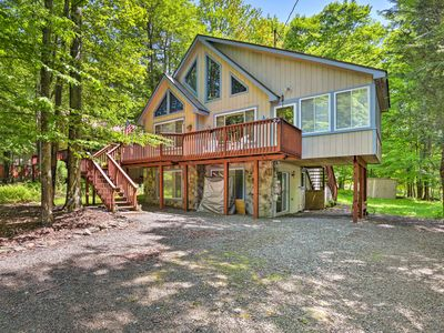 Photo for Cozy Lake Ariel Home in a Nature Resort Community!
