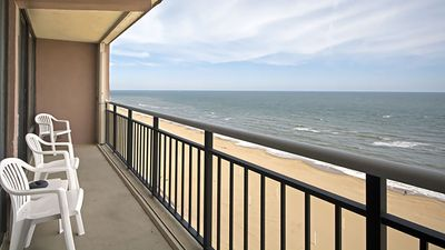 Photo for Welcome to the Linkhorn Penthouse that sleeps 10!