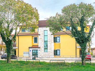 Photo for Apartment Tomislav-A1 in Umag - 6 persons, 3 bedrooms