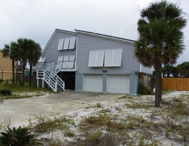 Photo for 810 Maldonado Drive - Gulf View - 3 Bedroom Home with Pool