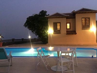 Photo for Villa with Pool, Wifi, near the beach, and Great Views. Best ubication