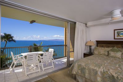 Spectacular Ocean View from the Bedroom of Mana Kai 601