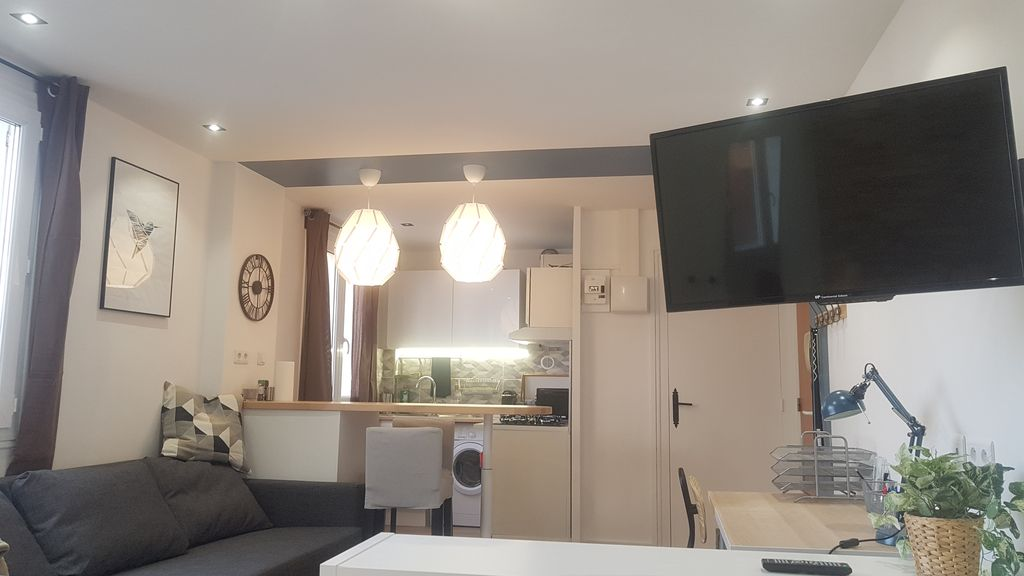 Property Image#3 The Pied à Terre   Studio Completely Redone