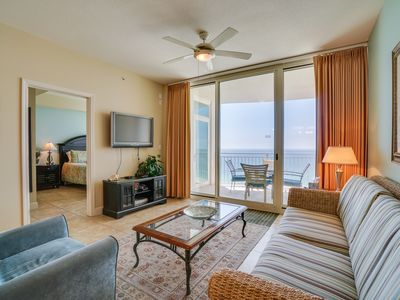 Photo for Aqua 1606 Gulf front master with bunk room.. 2ba, gulf front.