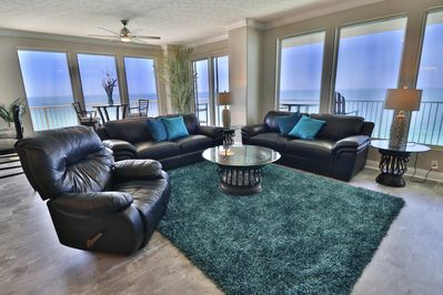 Living room with surrounding views of the Gulf!