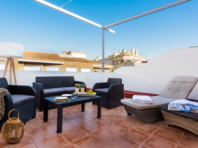 Photo for Great Penthouse in Prime location 4 Bb with Terrace. Gran Capitan