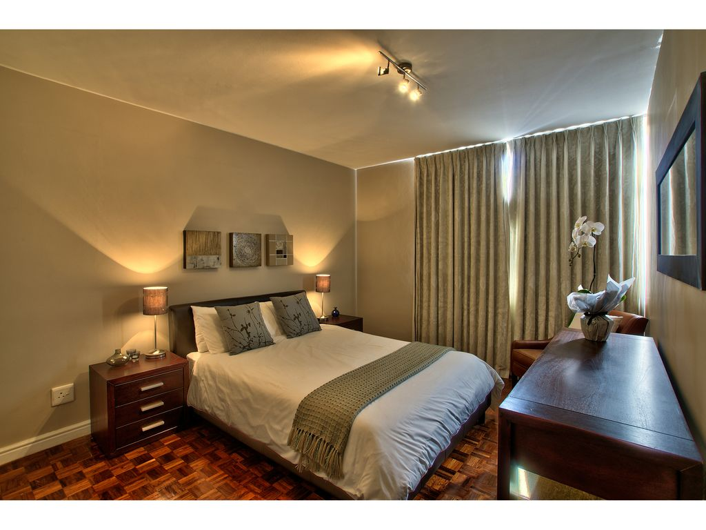 Contemporary 1 bedroom apartment in gardens with parking for Modern 1 bedroom apartments