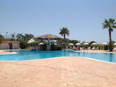 Photo for Relaxing apartment by the sea in residence - Calabria