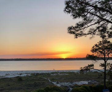 Photo for Romantic Getaway 1840 Beachside Tennis in Sea Pines