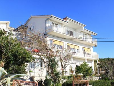 Photo for Apartment in Sumpetar (Omiš), capacity 8+3