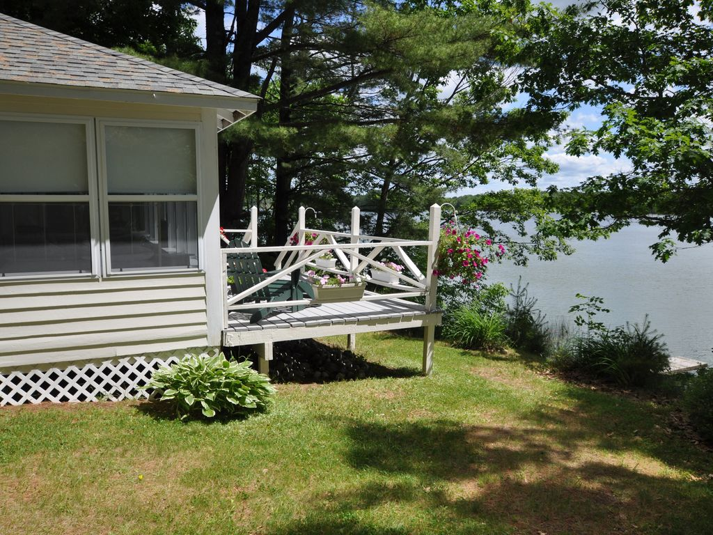 Peaceful Private Cottage On Lovejoy HomeAway Albion - And architectural cottages on secluded private pond homeaway