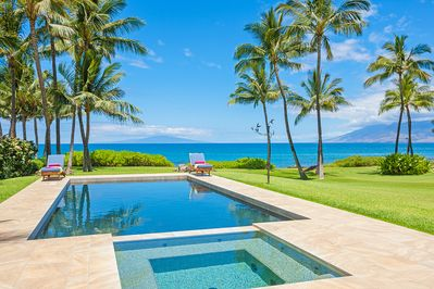 The Amazing Ocean Front Salt Water Pool and Jacuzzi