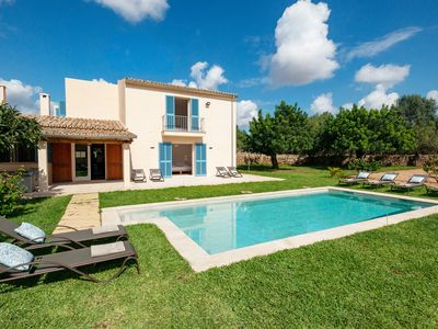 Photo for 5BR Villa Vacation Rental in Llucmajor, Illes Balears