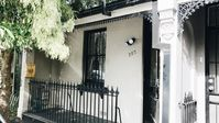 Fantastic - Kate's place is immaculate, comfortable, well equipped & in a very convenient location