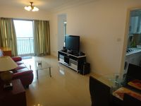 Very patience host and apartment is exactly as what is shown.   Will be back again!
