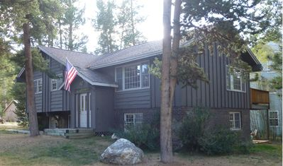 Photo for 5 BD / 2.5 BA Home, 2,325 Sq Ft, Pet-friendly, Sleeps 12, 1 Mile to Lift