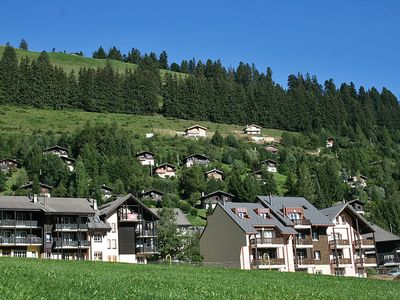 Photo for Apartment in Gruyères with Parking, Internet, Washing machine, Garden (36727)