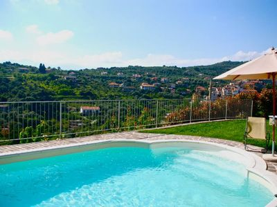 Photo for Villa in olive grove with swimming pool 5 minutes from the beaches