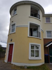 Photo for Stunning 6 Bed House in Galway with Balcony