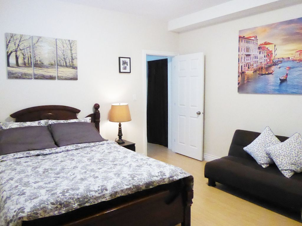 Two Bedroom Exclusive Suite In North Burnaby Burnaby