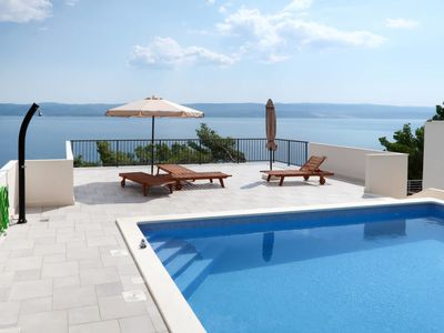 Photo for 2 bedroom Apartment, sleeps 6 in Mimice with Air Con and WiFi