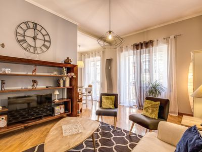 Photo for Monteverde Letting - Stylish Apartment in Gianicolo