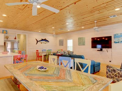 Photo for Brand new 4 bedroom 3 1/2 bath home in the heart of Port Aransas!