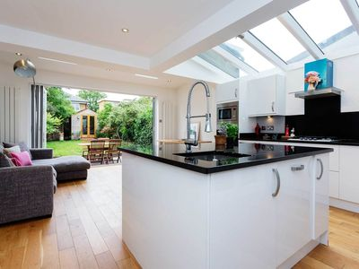Photo for 3 bedroom home in lovely Wimbledon, sleeping 6 guests (Veeve)