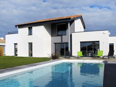 Photo for Apartment Les Epinettes  in St.Gilles - Croix - de - Vie, Vendee - 4 persons, 2 bedrooms