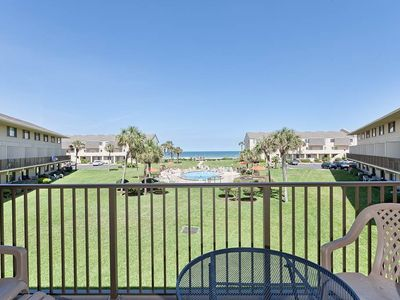 Hang out on the balcony and enjoy the view - Bring your coffee and a bagel out on the patio for an al fresco breakfast. Summerhouse 233 has ocean views and is convenient to historic landmarks, beaches, and just a short drive from St. Augustine.