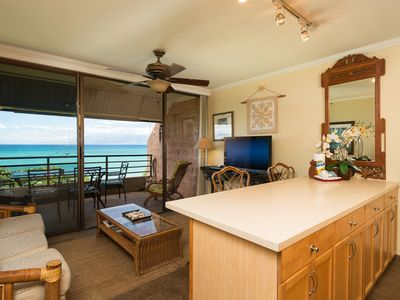 Photo for Gorgeous Kuleana Oceanfront Maui Condo Near Kahana!