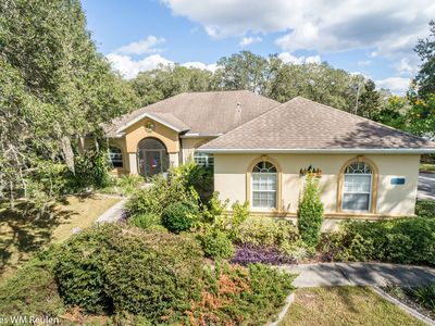 Photo for Comfortable Villa with lots of privacy and pool on one acre in Hernando FL