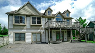 Lake access ski area home with outdoor hot tub central a/c and 2 gas fireplaces!!