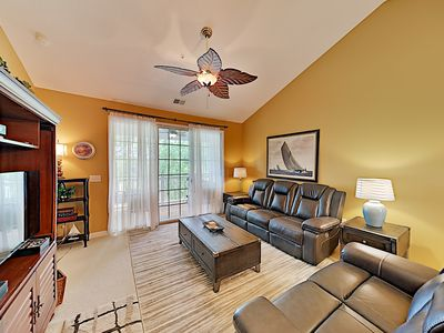 Photo for Ironwood Golf Course Condo: Pools, Hot Tub & Sports Courts - Walkable Locale