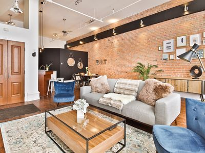 Photo for Magnificent 1 bedroom LOFT Heart of Old Montreal