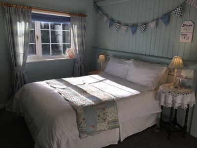 Photo for Quirky 2 bed Cosy Cottage - Free Wi Fi & Garden