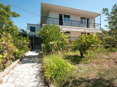Photo for Holiday house with garden, 3 terraces and sea view