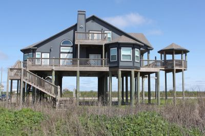 Photo for 3 bedroom beachfront property - with gorgeous beach views - Emerald Isle