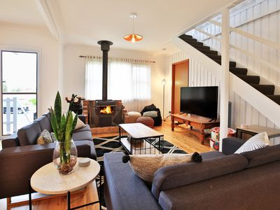 Photo for Hudson Bay at Basin View - Pet Friendly - 15 Minutes to Hyams Beach