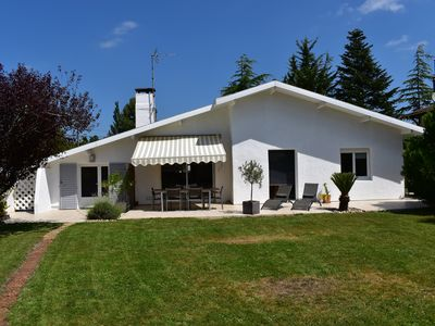 Photo for Villa entirely renovated on the Bassin d'Arcachon near beaches