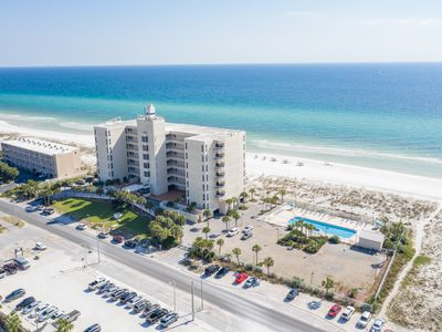 Photo for FREE PREMIUM BEACH SERVICE at this Beautiful Gulf Front Condo!