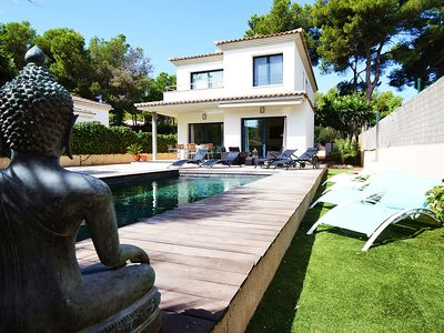Photo for VILLA ADRIANO. Modern and fully equipped. At only 5 minutes to the sea.