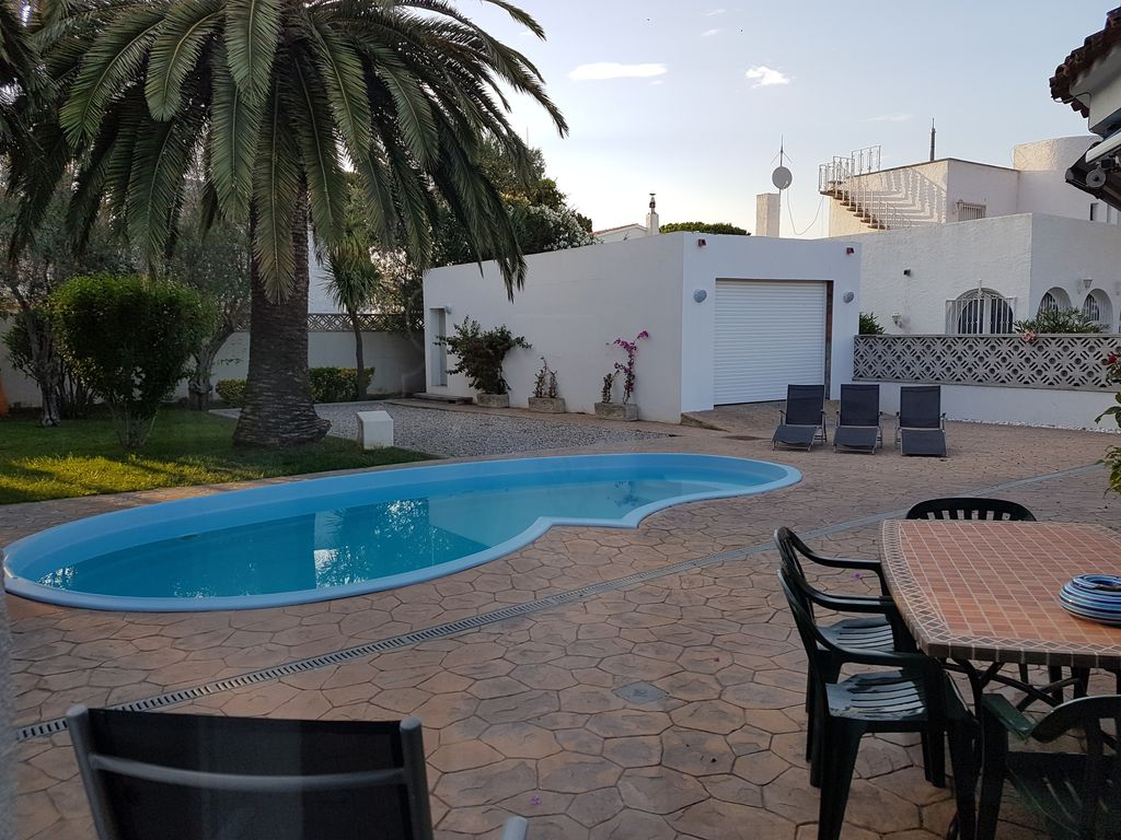 Freiligendes Holiday Home With Private Pool Family And Pet Friendly Empuriabrava Catalonia