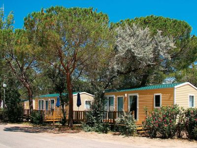 Photo for Cozy mobile home with AC in quaint, and green Camargue
