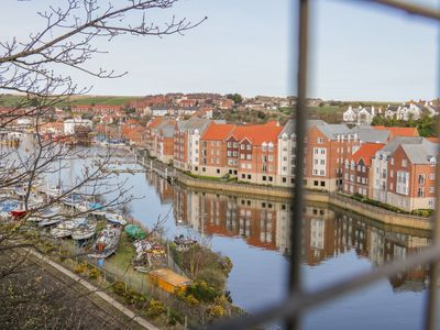 Photo for WHITBY HARBOUR RETREAT, family friendly in Whitby, Ref 14856