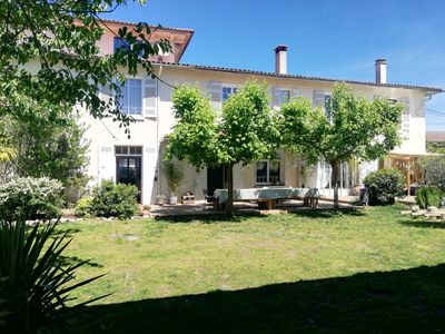 Photo for FAMILY RESIDENCE IDEALLY LOCATED IN GIRONDE